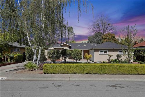 Photo of 2385 Lindaire AVE, SAN JOSE, CA 95128 (MLS # ML81836334)
