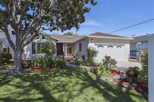 Photo of 2443 Woodland AVE, SAN JOSE, CA 95128 (MLS # ML81838336)