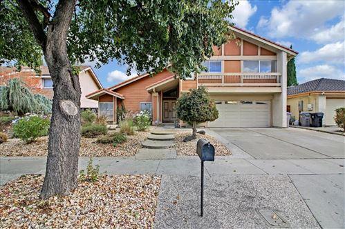 Photo of 816 Kyle Street, SAN JOSE, CA 95127 (MLS # ML81867342)