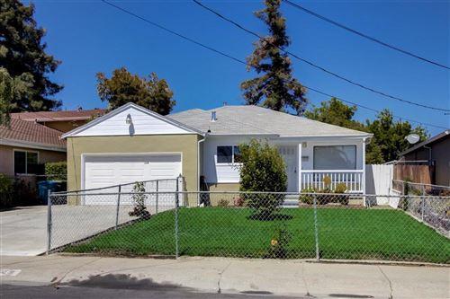 Photo of 119 Gardenia Way, EAST PALO ALTO, CA 94303 (MLS # ML81846343)