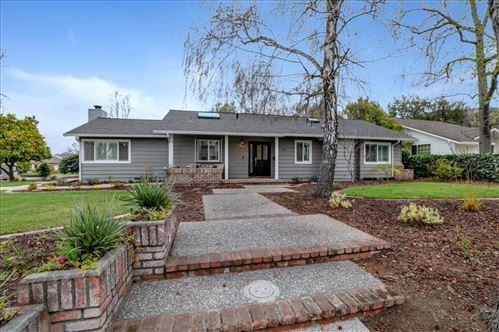 Photo of 140 Stonybrook RD, LOS GATOS, CA 95032 (MLS # ML81832346)
