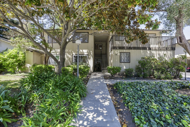 Photo for 90 Flynn Avenue #C, MOUNTAIN VIEW, CA 94043 (MLS # ML81848347)