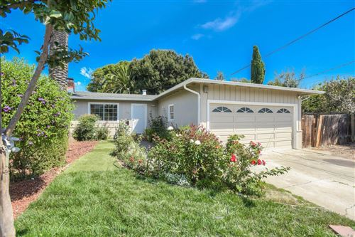 Photo of 112 Holland ST, EAST PALO ALTO, CA 94303 (MLS # ML81767350)