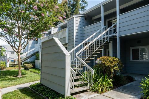 Photo of 1528 Thornleaf WAY, SAN JOSE, CA 95131 (MLS # ML81802350)