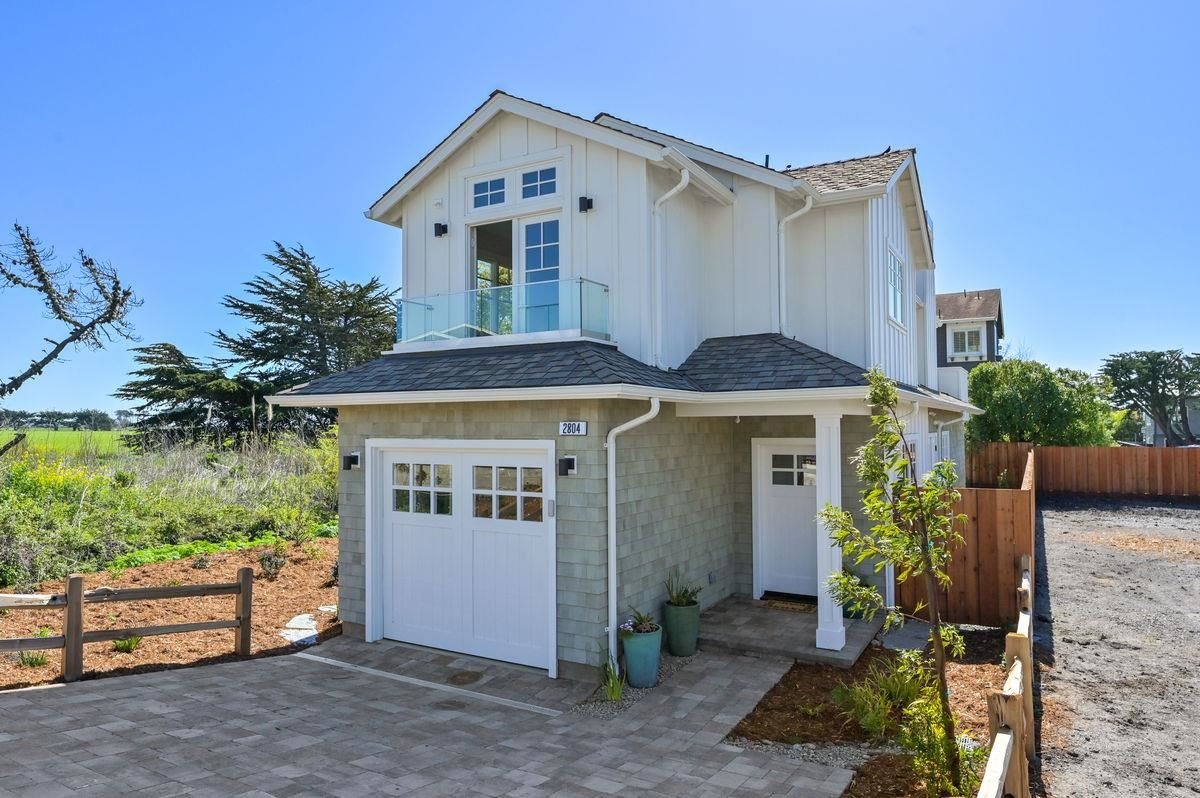 Photo for 2804 Champs Elysee BLVD, HALF MOON BAY, CA 94019 (MLS # ML81836351)