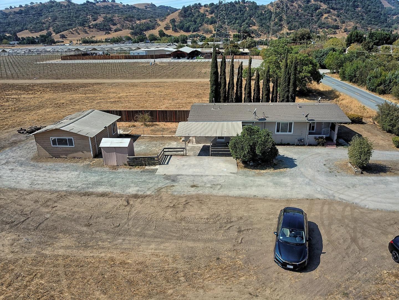 Photo for 533 Live Oak Avenue, MORGAN HILL, CA 95037 (MLS # ML81857355)