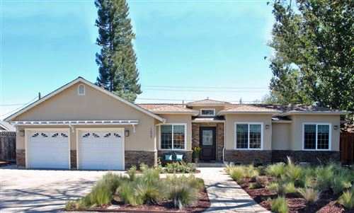 Photo of 1527 Fordham CT, MOUNTAIN VIEW, CA 94040 (MLS # ML81788357)