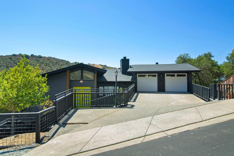 Photo for 3211 Longfellow Drive, BELMONT, CA 94002 (MLS # ML81851358)
