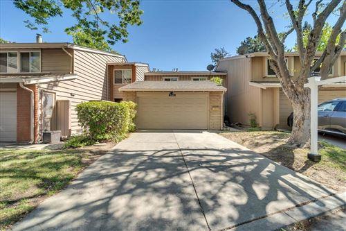 Photo of 22826 Poplar Grove Square, CUPERTINO, CA 95014 (MLS # ML81848359)