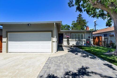 Photo of 947 7th Avenue, REDWOOD CITY, CA 94063 (MLS # ML81848361)