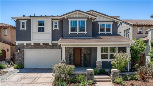 Photo of 51 Country Club DR, HAYWARD, CA 94542 (MLS # ML81799362)