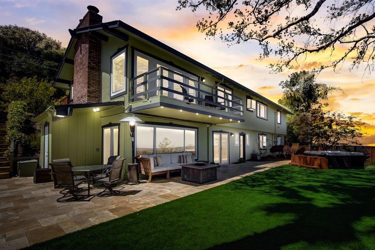 Photo for 1521 Vine Street, BELMONT, CA 94002 (MLS # ML81840364)