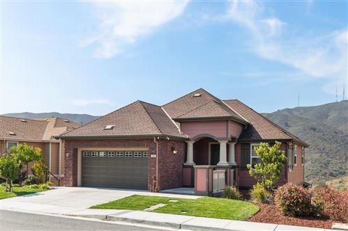 Photo of 137 Elderberry LN, BRISBANE, CA 94005 (MLS # ML81813365)