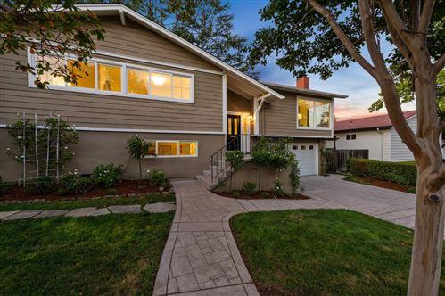 Photo of 3880 Vineyard DR, REDWOOD CITY, CA 94061 (MLS # ML81816366)