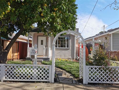Photo of 2188 Stanford AVE, MOUNTAIN VIEW, CA 94040 (MLS # ML81786368)