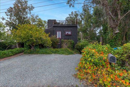 Photo of 611 San Benito Street, HALF MOON BAY, CA 94019 (MLS # ML81855368)