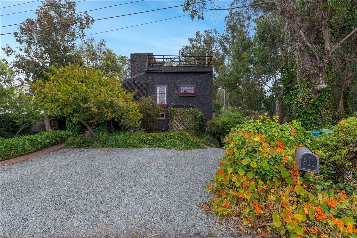 Photo for 611 San Benito Street, HALF MOON BAY, CA 94019 (MLS # ML81855368)