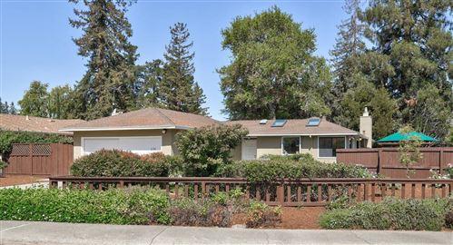 Photo of 626 Glenbrook DR, PALO ALTO, CA 94306 (MLS # ML81804370)