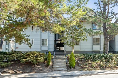 Photo of 4108 George AVE 3 #3, SAN MATEO, CA 94403 (MLS # ML81829370)