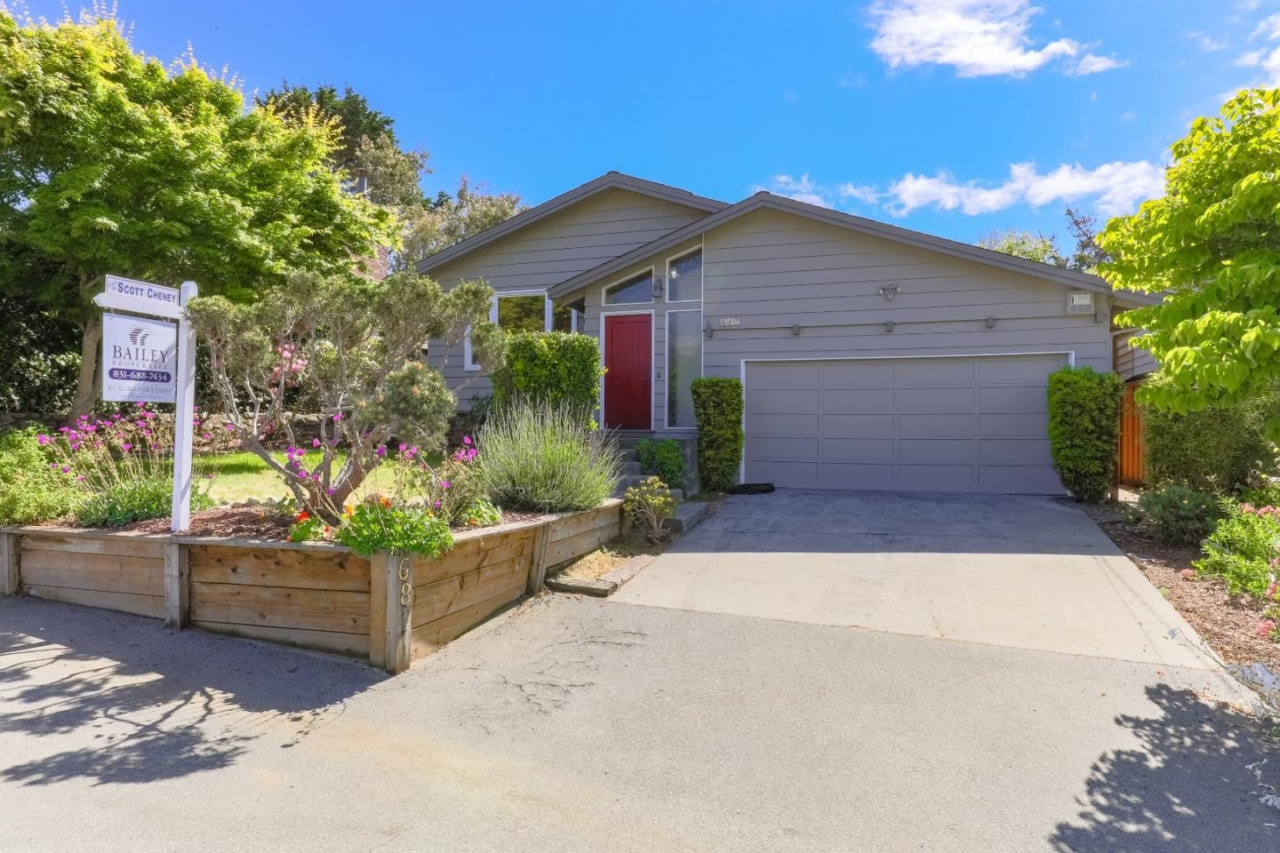 Photo for 687 Bayview DR, APTOS, CA 95003 (MLS # ML81792370)