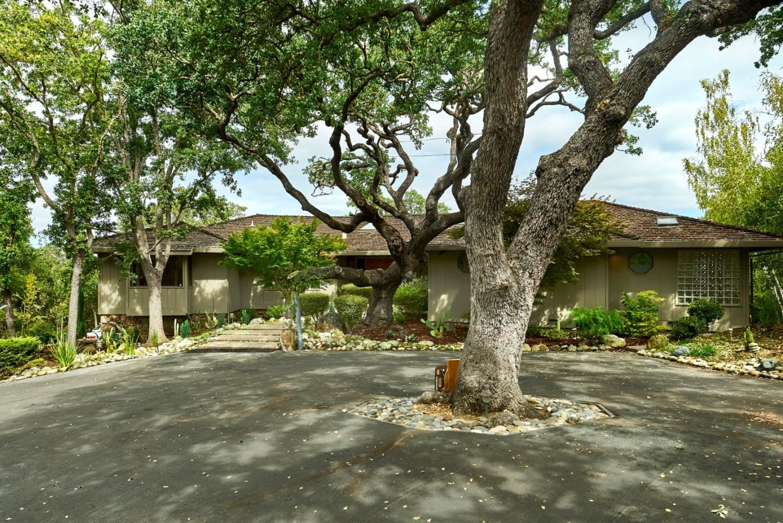 Photo for 13641 Roble Alto Court, LOS ALTOS HILLS, CA 94022 (MLS # ML81861371)