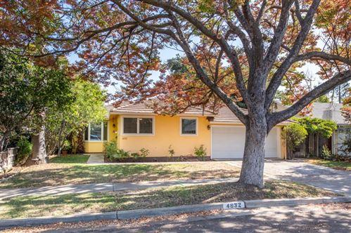 Photo of 4832 Kingbrook DR, SAN JOSE, CA 95124 (MLS # ML81818373)