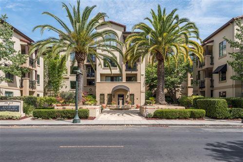 Photo of 633 Elm Street #301, SAN CARLOS, CA 94070 (MLS # ML81862373)