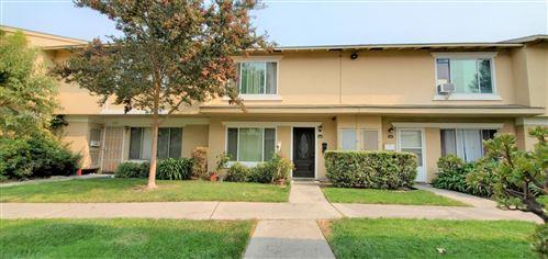 Photo of 5437 Don Edmondo CT, SAN JOSE, CA 95123 (MLS # ML81816374)