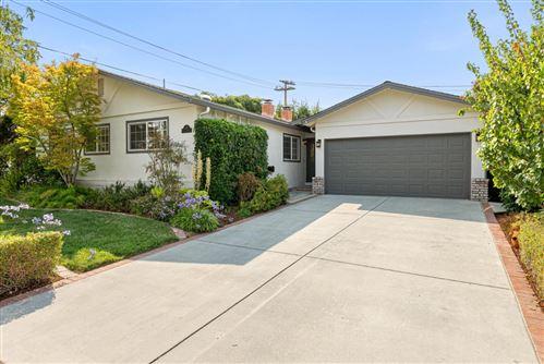 Photo of 851 Nisqually Drive, SUNNYVALE, CA 94087 (MLS # ML81855374)