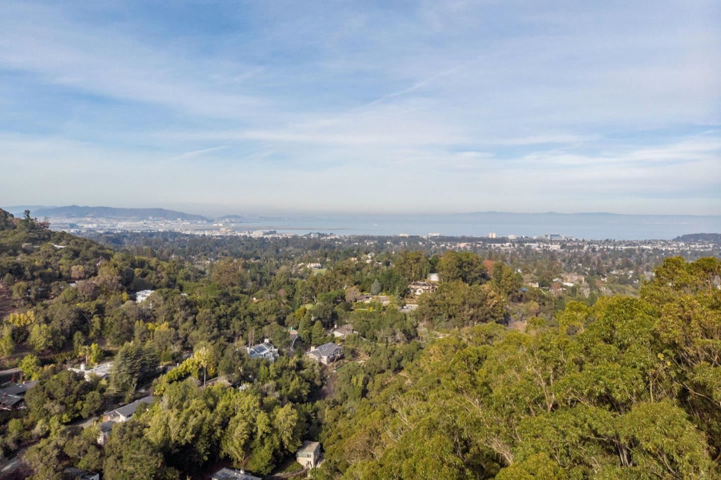 Photo for 35 Knollcrest RD, HILLSBOROUGH, CA 94010 (MLS # ML81825378)