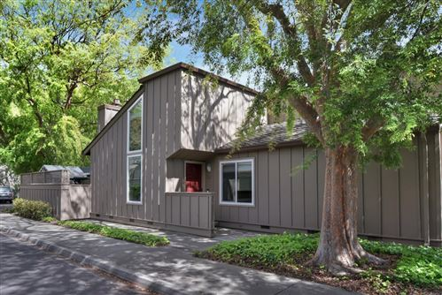 Photo of 106 Almond Hill CT, LOS GATOS, CA 95032 (MLS # ML81788379)