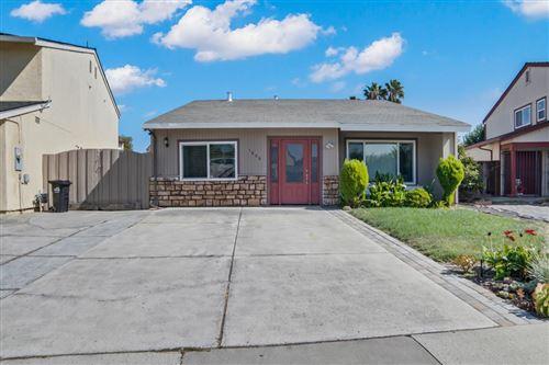 Photo of 1806 Kyra CIR, SAN JOSE, CA 95122 (MLS # ML81812379)