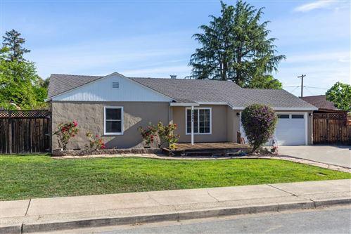 Photo of 15341 Chelsea Drive, SAN JOSE, CA 95124 (MLS # ML81841379)