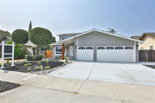 Photo of 5395 Entrada Olmos, SAN JOSE, CA 95123 (MLS # ML81804380)