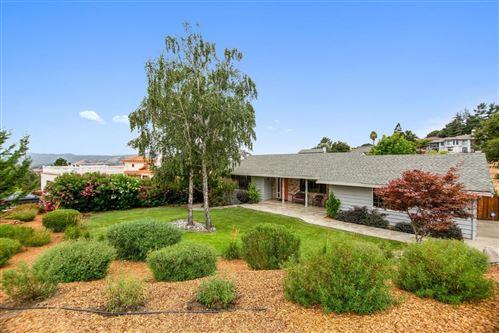 Photo of 2875 Old Oak LN, MORGAN HILL, CA 95037 (MLS # ML81803381)