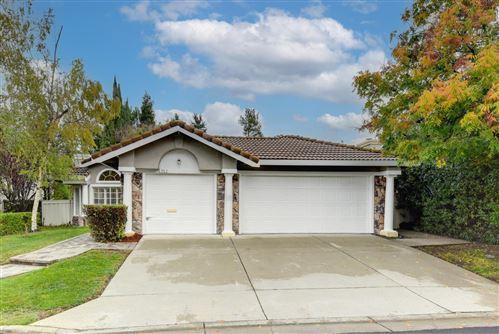 Photo of 725 Westbrook Court, DANVILLE, CA 94506 (MLS # ML81867382)
