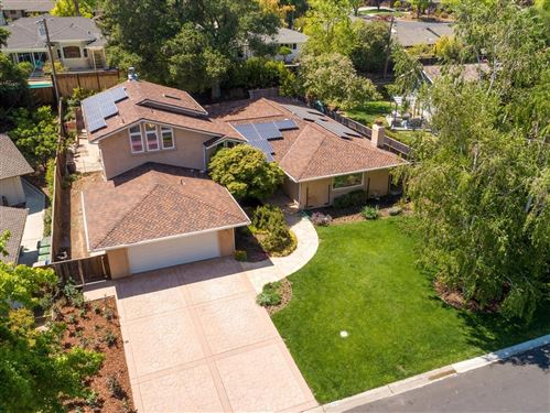 Photo of 221 Montclair Road, LOS GATOS, CA 95032 (MLS # ML81840386)