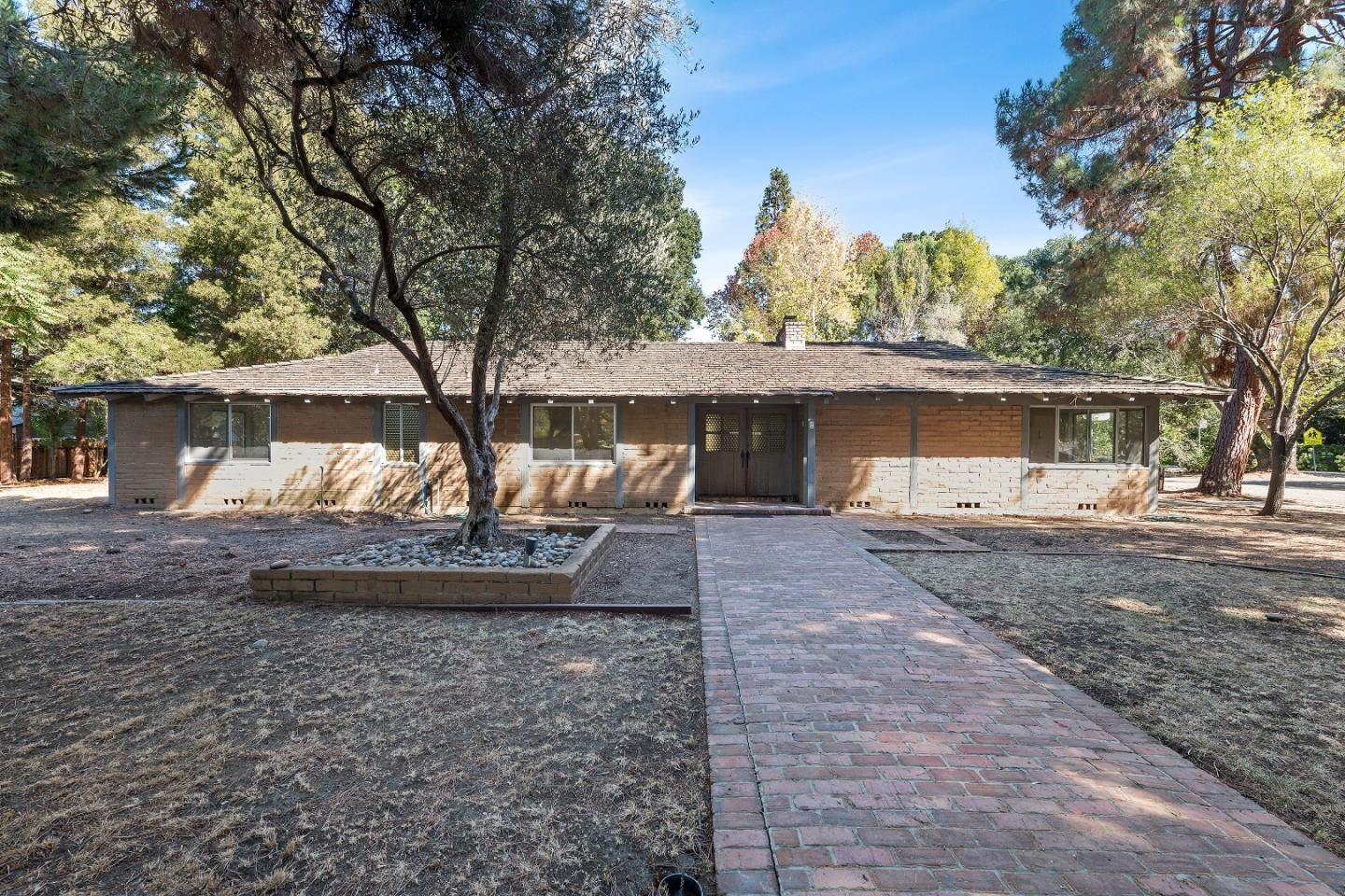 Photo for 2 Lowery Drive, ATHERTON, CA 94027 (MLS # ML81864389)