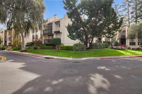 Photo of 226 W Edith AVE 10 #10, LOS ALTOS, CA 94022 (MLS # ML81775391)