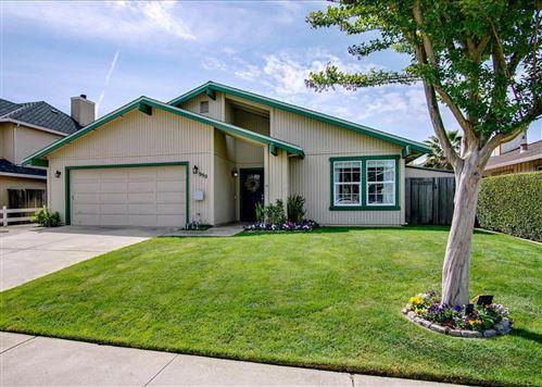 Photo of 990 Hoesch Way, GILROY, CA 95020 (MLS # ML81841391)