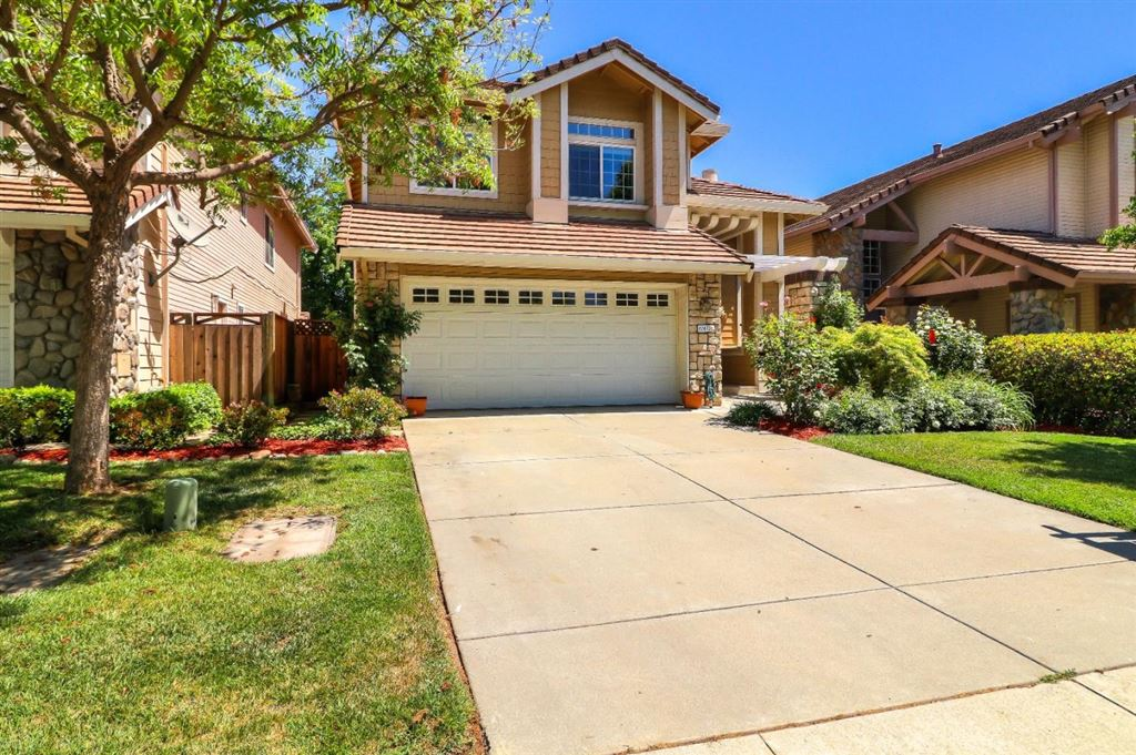 Photo for 17470 Montoya CIR, MORGAN HILL, CA 95037 (MLS # ML81750392)