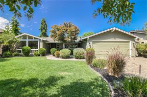 Photo of 273 Belblossom WAY, LOS GATOS, CA 95032 (MLS # ML81767393)