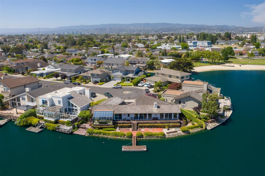 Photo for 105 Flying Mist ISLE, FOSTER CITY, CA 94404 (MLS # ML81758395)
