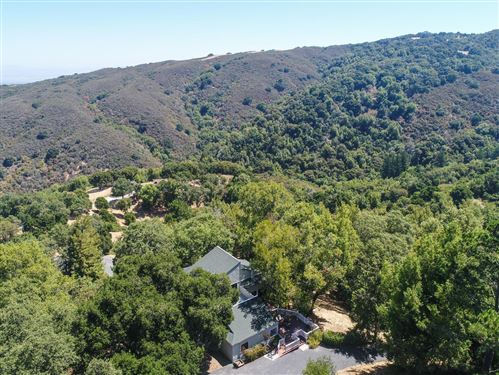 Photo of 160 Vista Verde WAY, PORTOLA VALLEY, CA 94028 (MLS # ML81800397)