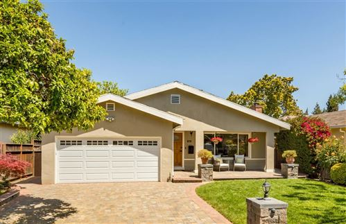 Photo of 266 Walker Drive, MOUNTAIN VIEW, CA 94043 (MLS # ML81843399)