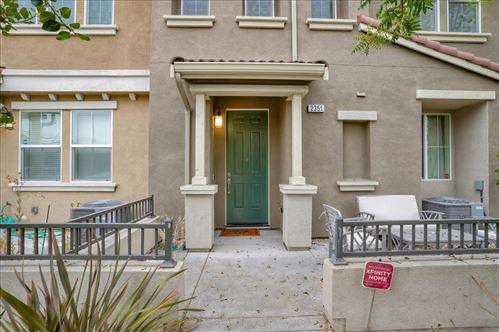 Photo of 2351 Gibbons ST, HAYWARD, CA 94541 (MLS # ML81811401)