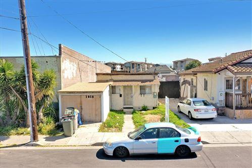 Photo of 1018 N 12th ST, SAN JOSE, CA 95112 (MLS # ML81838401)