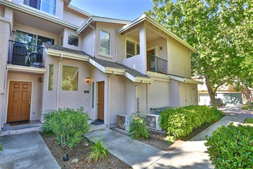 Photo of 1007 Esparanza Way, SAN JOSE, CA 95138 (MLS # ML81849401)