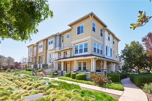 Photo of 107 Bennie Drive, Redwood Shores, CA 94065 (MLS # ML81835403)