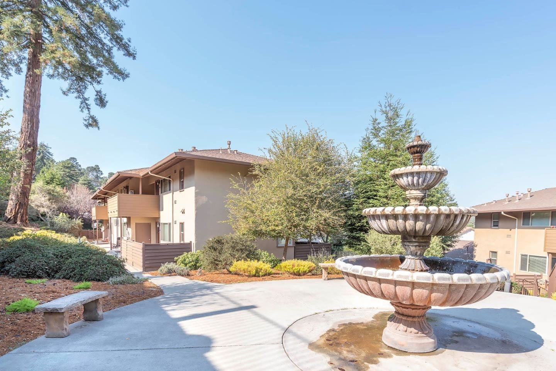 Photo for 116 Mar Vista Drive #140, MONTEREY, CA 93940 (MLS # ML81851404)